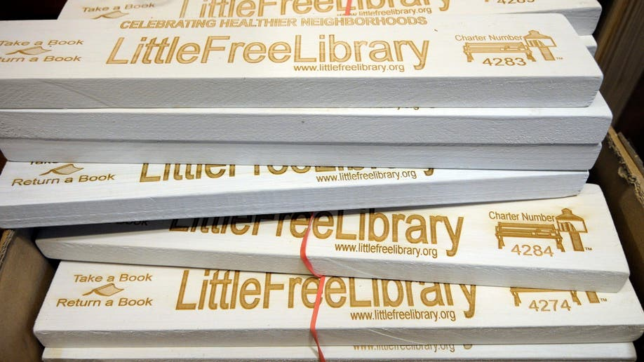 8937021f-Little Free Libraries
