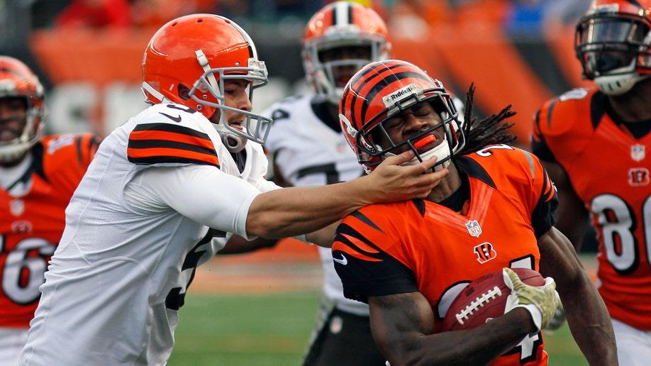 45097d3f-Browns Bengals Football
