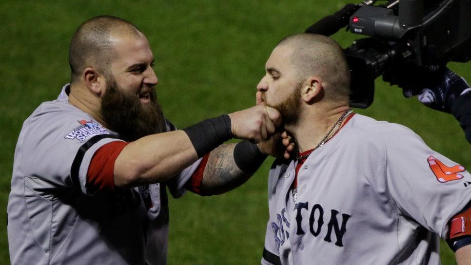 827b8ac6-World Series Red Sox Cardinals Baseball