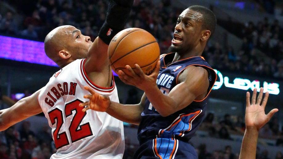 05015628-Bobcats Bulls Basketball