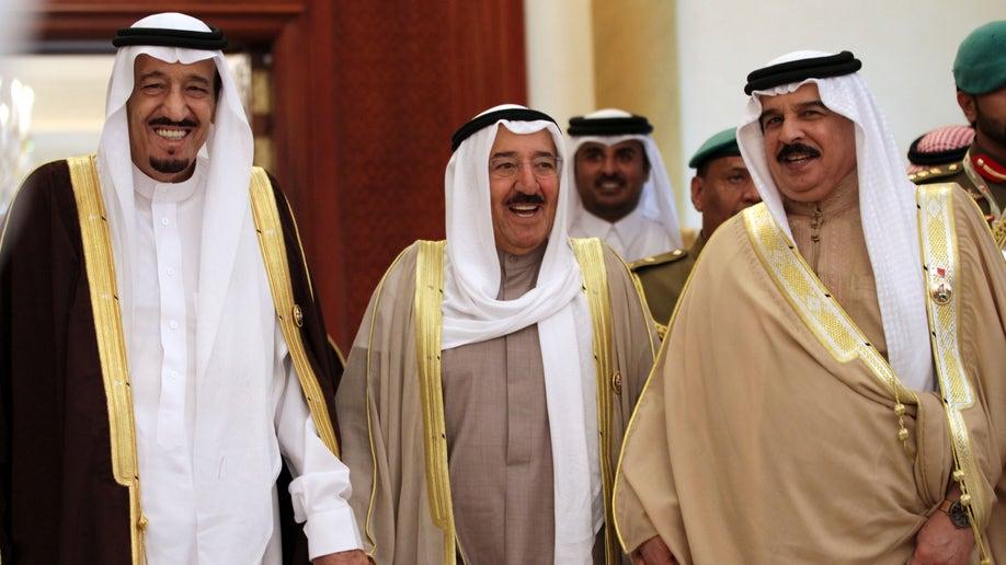 Mideast Bahrain Kuwait Syrian Aid