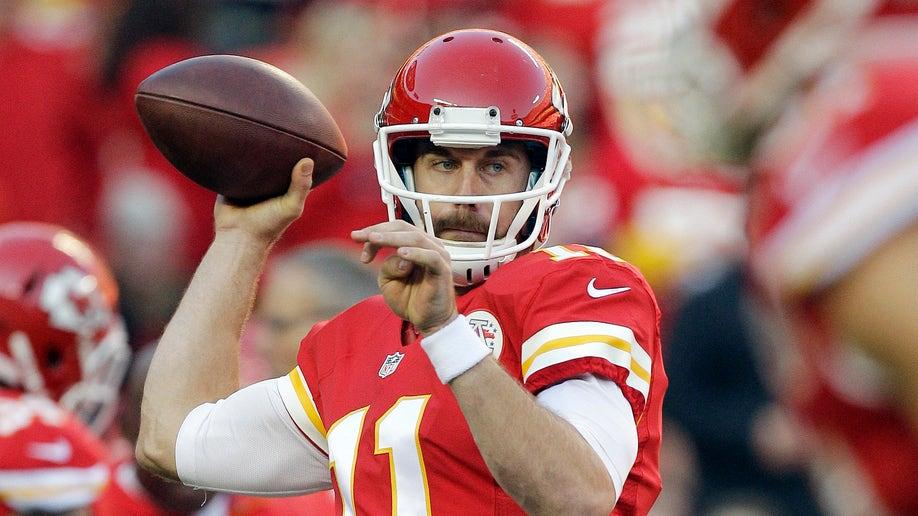a31462a9-Broncos Chiefs Football