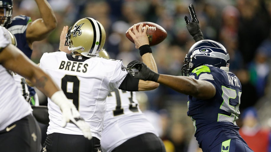 64b118e1-Saints Seahawks Football