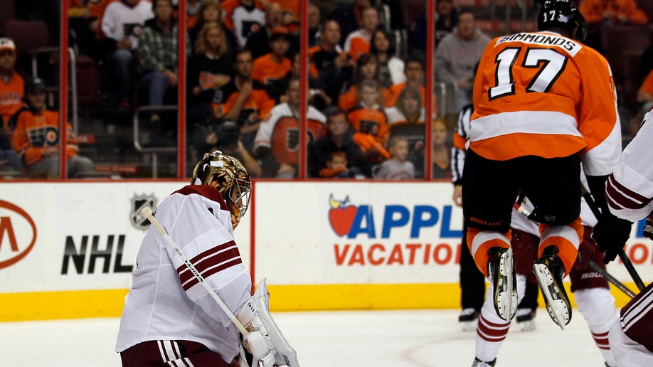 08e8e947-Coyotes Flyers Hockey