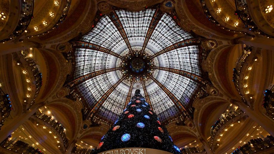 c8073e8a-APTOPIX France Christmas
