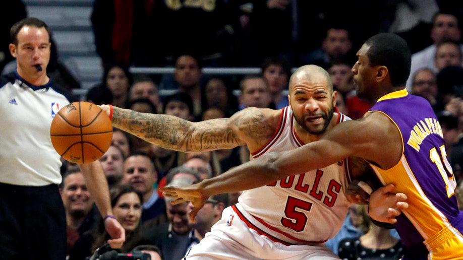 b02bfd4f-Lakers Bulls Basketball