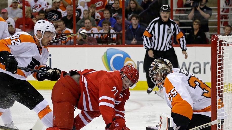 656f1ce8-Flyers Hurricanes Hockey