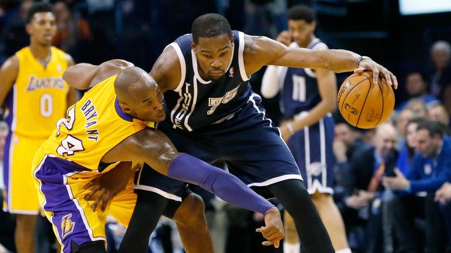 a155398e-Lakers Thunder Basketball