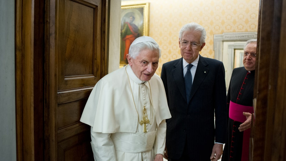 0fe8d814-Vatican Pope