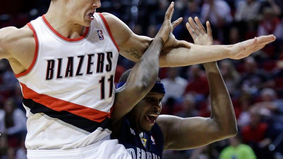 89824b28-Grizzlies Trail Blazers Basketball