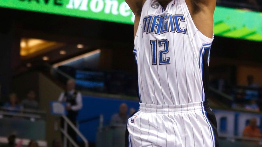 6d970490-Pistons Magic Basketball