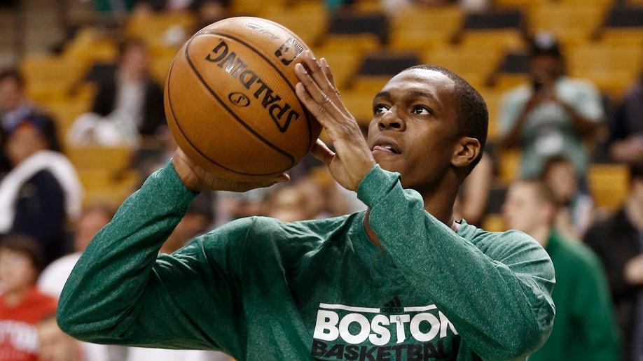 4d738d1e-Knicks Celtics Basketball