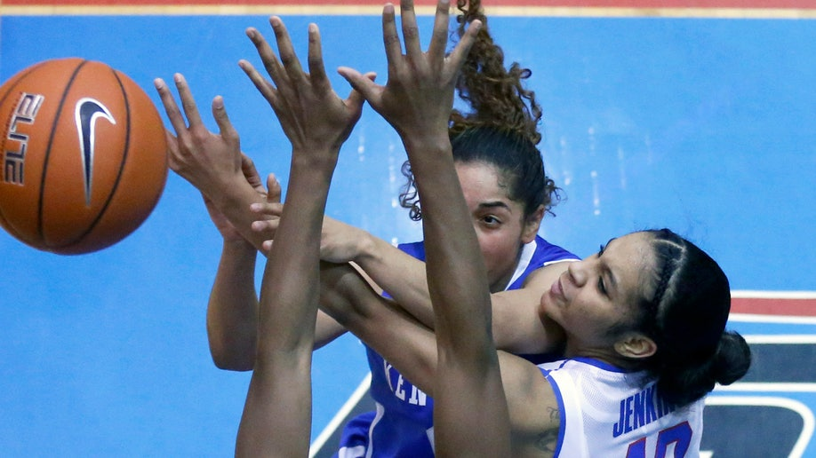 b7a4d925-Kentucky DePaul Basketball