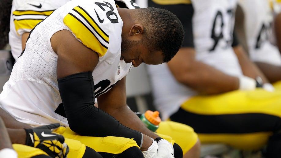 8eb5dc95-Steelers Raiders Football