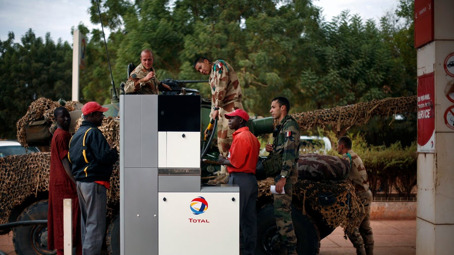 0994414a-APTOPIX Mali Fighting