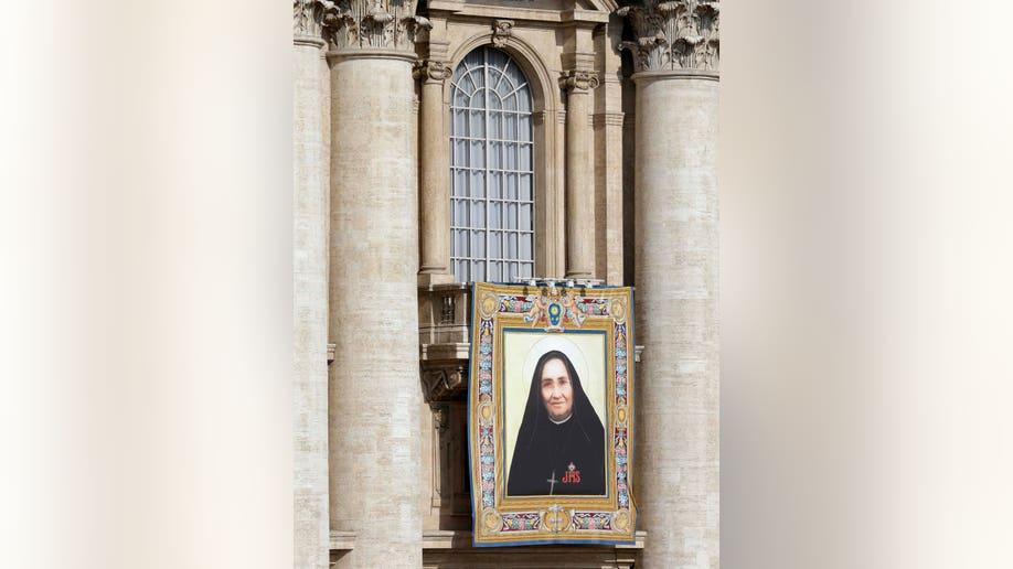 6cf6042b-Vatican New Saints