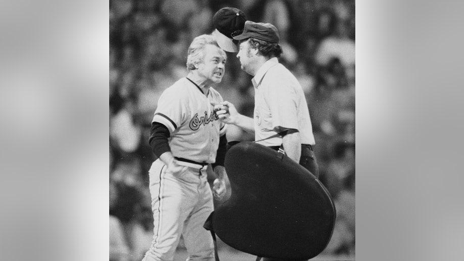 31d6cbc6-Obit Earl Weaver Baseball