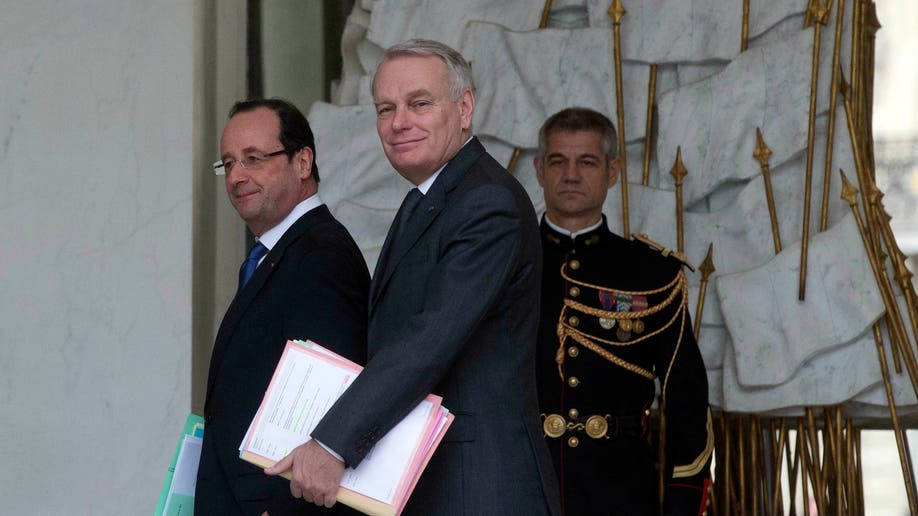 2bed2a99-France Cabinet Meeting