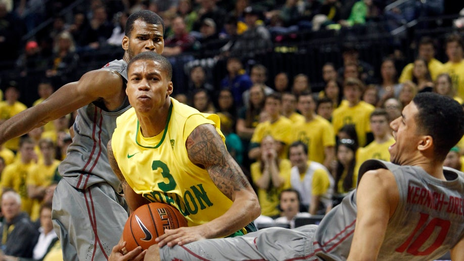 2c295510-WSU Oregon Basketball