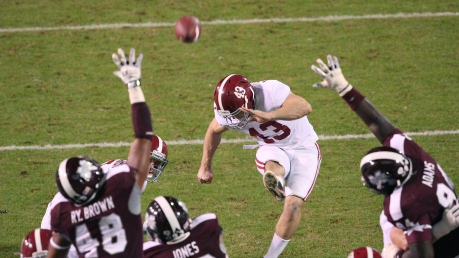 44a1f21e-Alabama Mississippi St Football