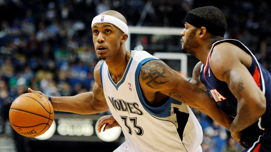 36127412-Hawks Timberwolves Basketball