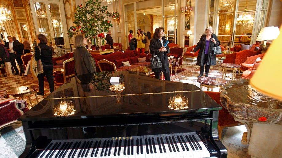 9c4e9c21-France Crillon Hotel