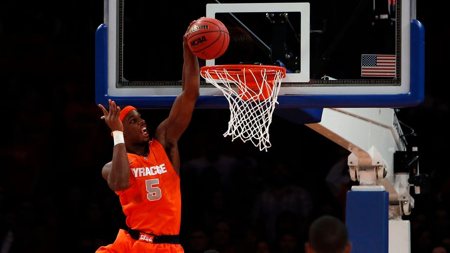 378ace3b-Syracuse Temple Basketball