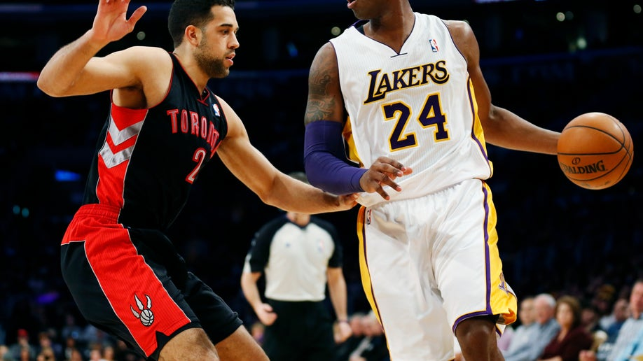 dfc065e7-Raptors Lakers Basketball