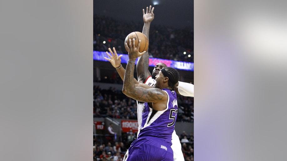 1df3bc95-Kings Trail Blazers Basketball