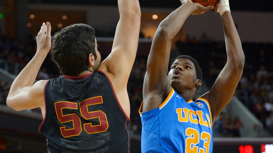 89d26353-UCLA USC Basketball