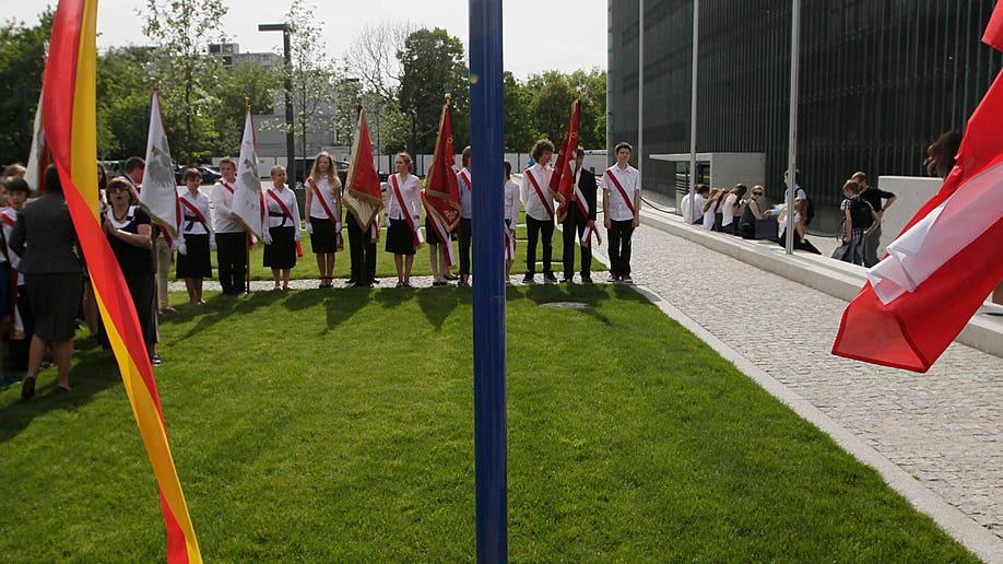 cebaa9b2-Poland Holocaust Hero