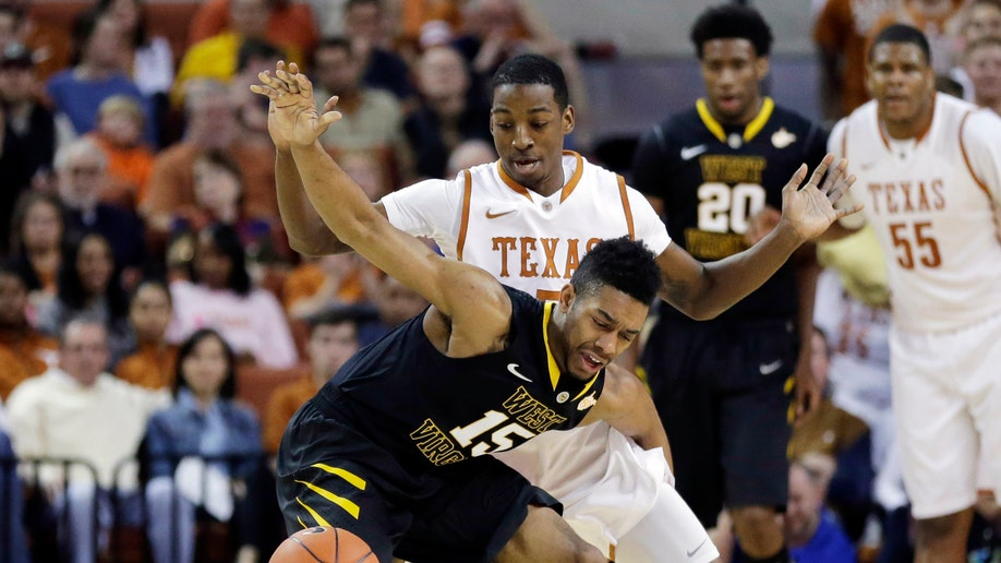 b7c3cc51-West Virginia Texas Basketball
