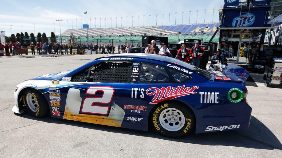 d7342504-NASCAR Kansas Auto Racing