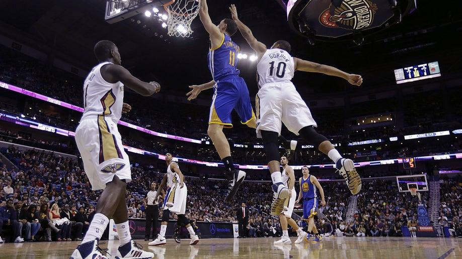 8f47e3b4-Warriors Pelicans Basketball