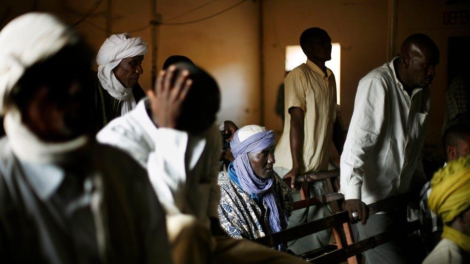 f79858a1-Mali Fighting