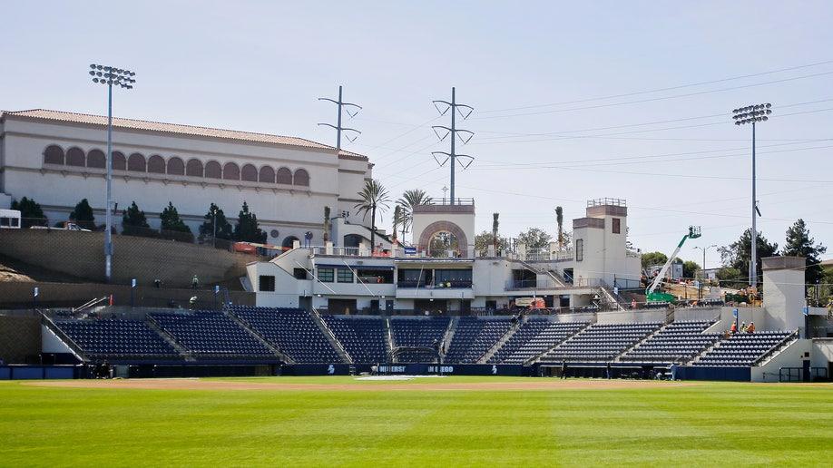 71657f07-San Diego Fowler Park Baseball