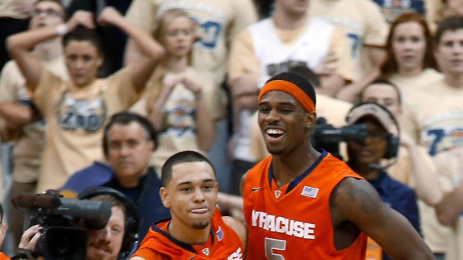 3862cced-Syracuse Pittsburgh Basketball