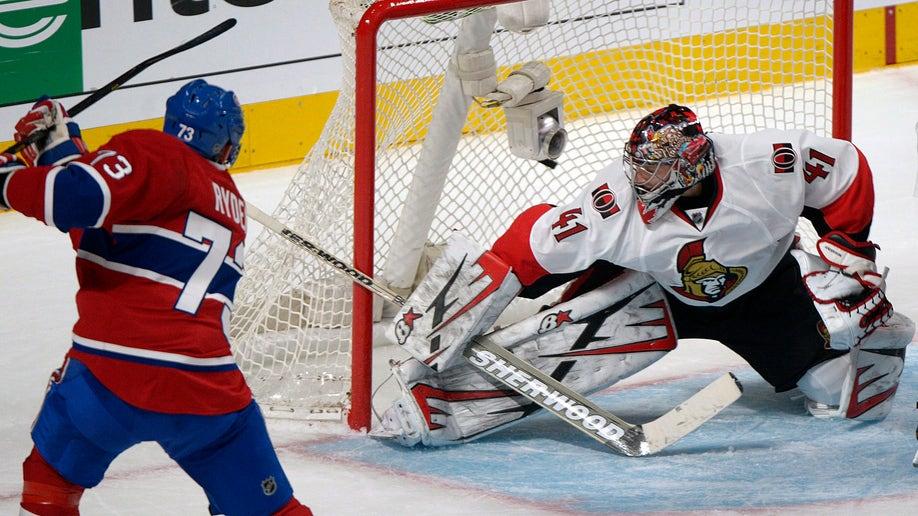 b9022de4-Senators Canadiens Hockey