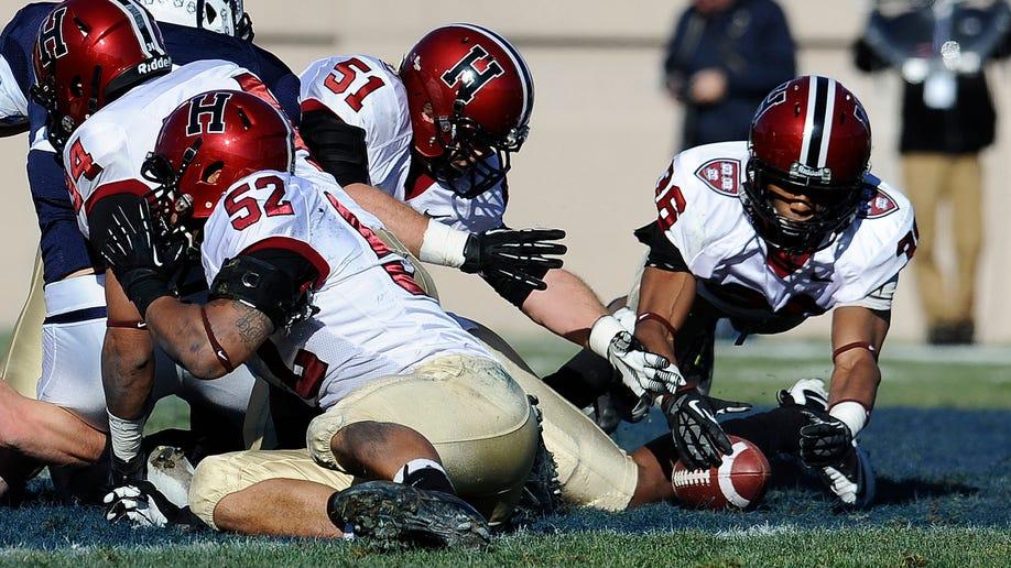 852a3e2e-Harvard Yale Football