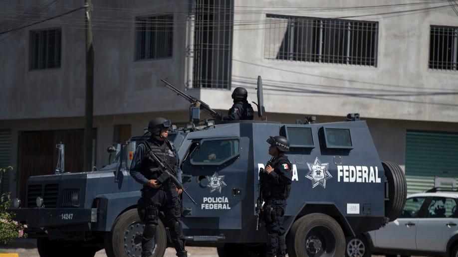 92b27928-Mexico Vigilantes