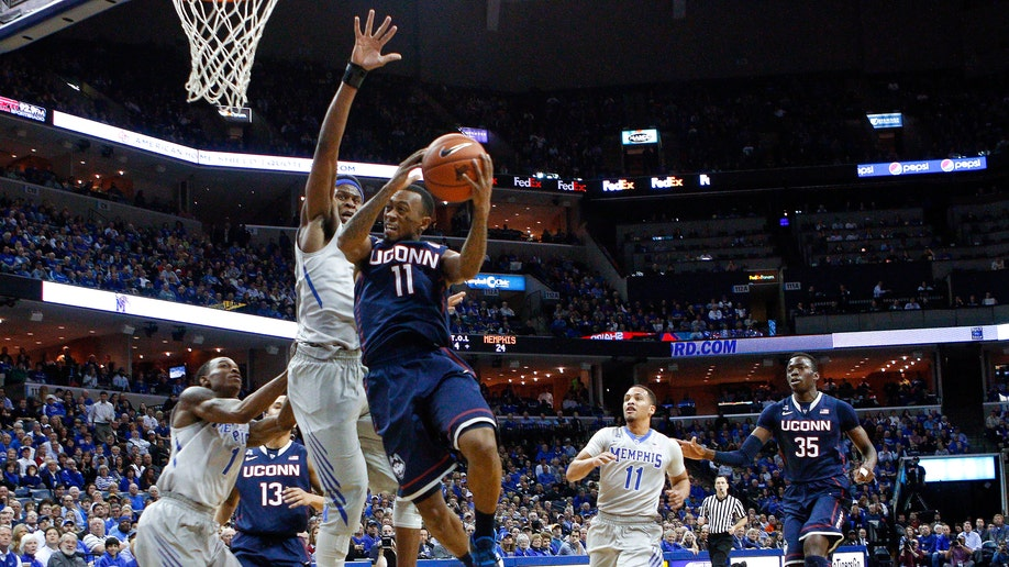 6b1e5da4-UConn Memphis Basketball