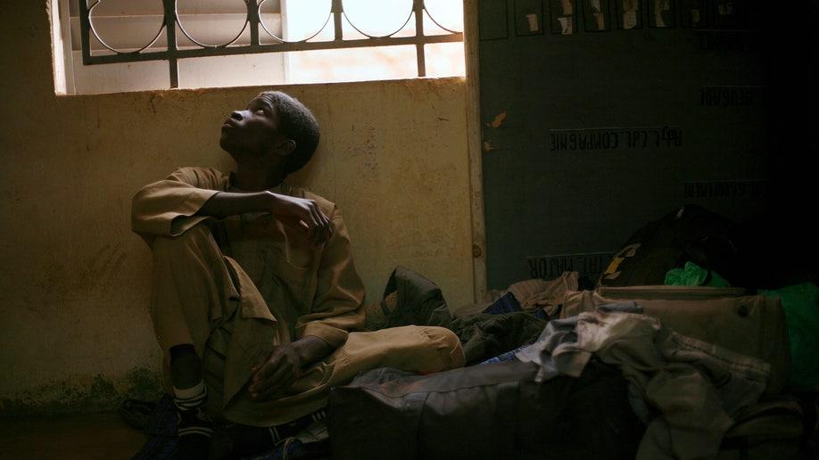6e734214-Mali Fighting