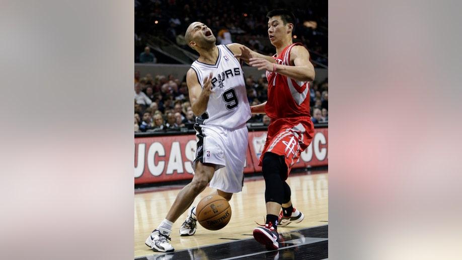 5239d573-Rockets Spurs Basketball