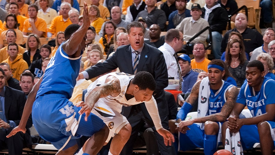 bfc8fdf5-Kentucky Missouri Basketball