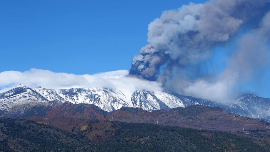 d2139a9f-Italy Etna Volcano Eruption
