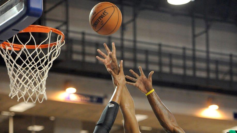 f006fe39-Celtics 76ers Basketball