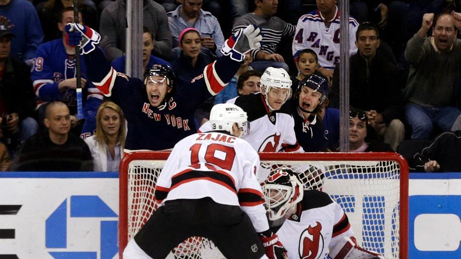 899fd0b0-Devils Rangers Hockey