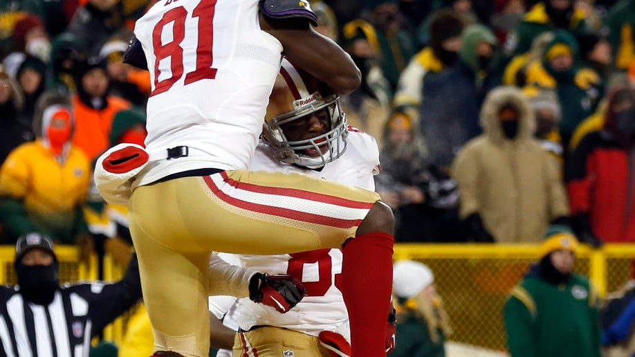 007786a0-49ers Packers Football
