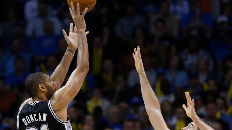 c8ed94f0-Spurs Thunder Basketball
