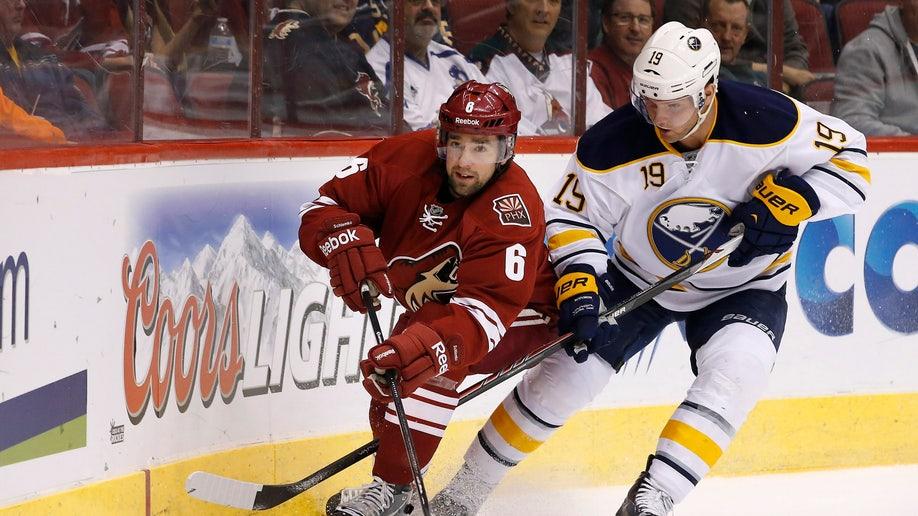 0ad58ce6-Sabres Coyotes Hockey